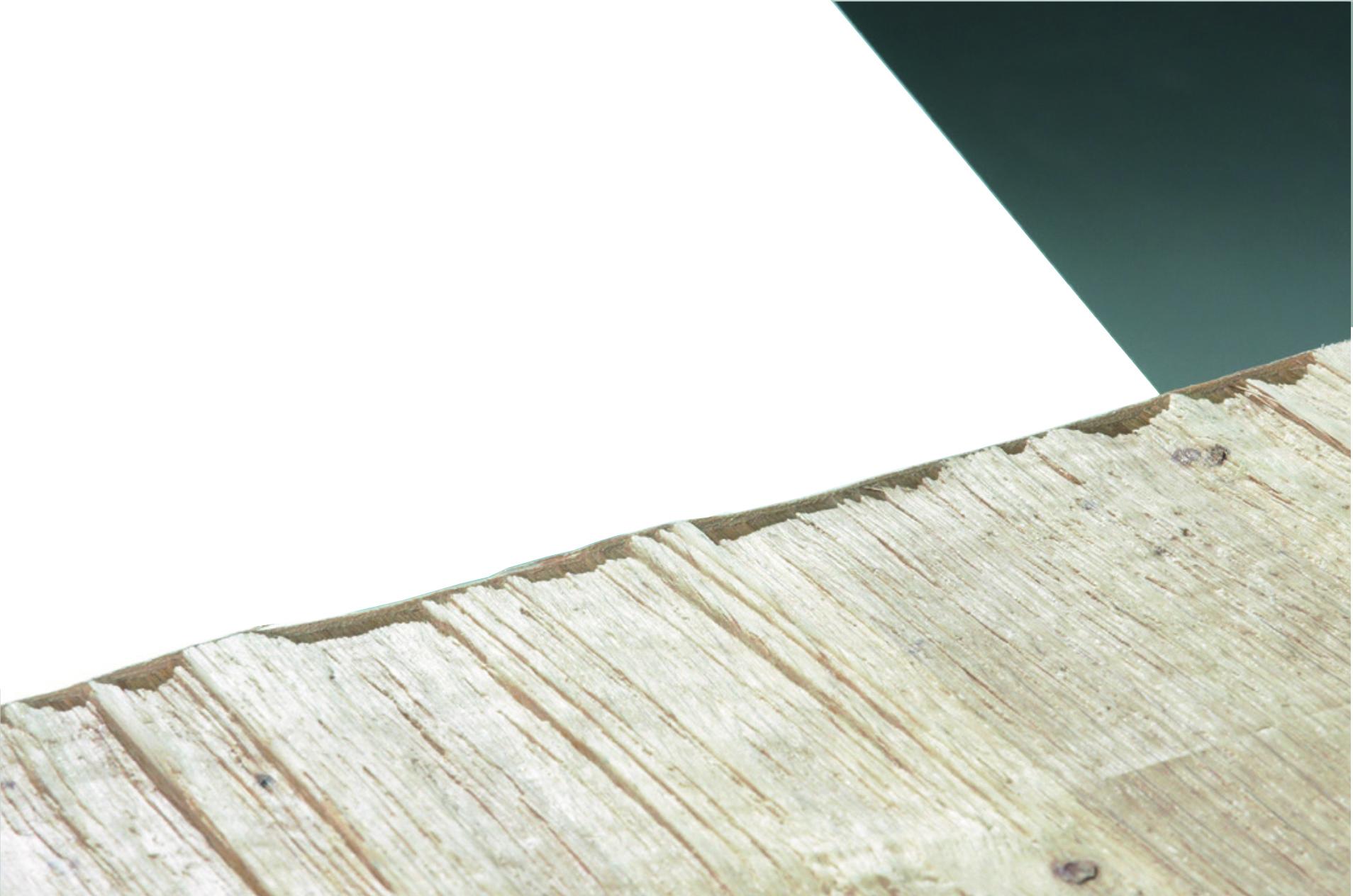 1. Kanten der Strukturplatten auf konventionellen Kantenbeschichtungsmaschinen mit ausreichend Überstand beschichten.